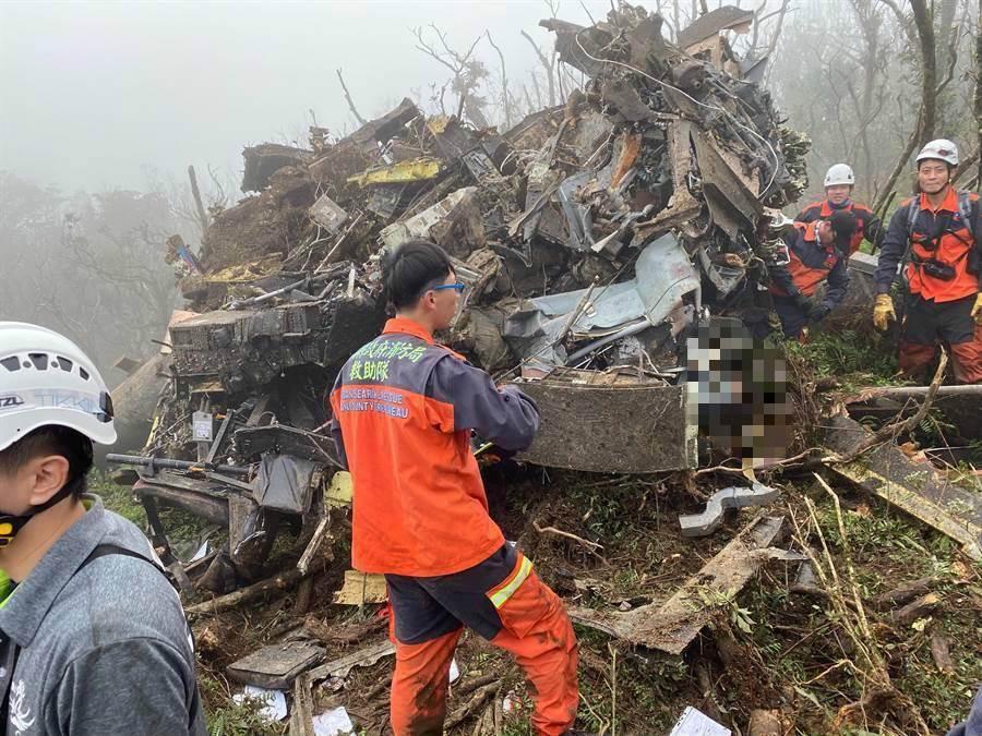 台湾坠毁军机黑匣子初判完成:系直接撞山 主因在最后30秒图片