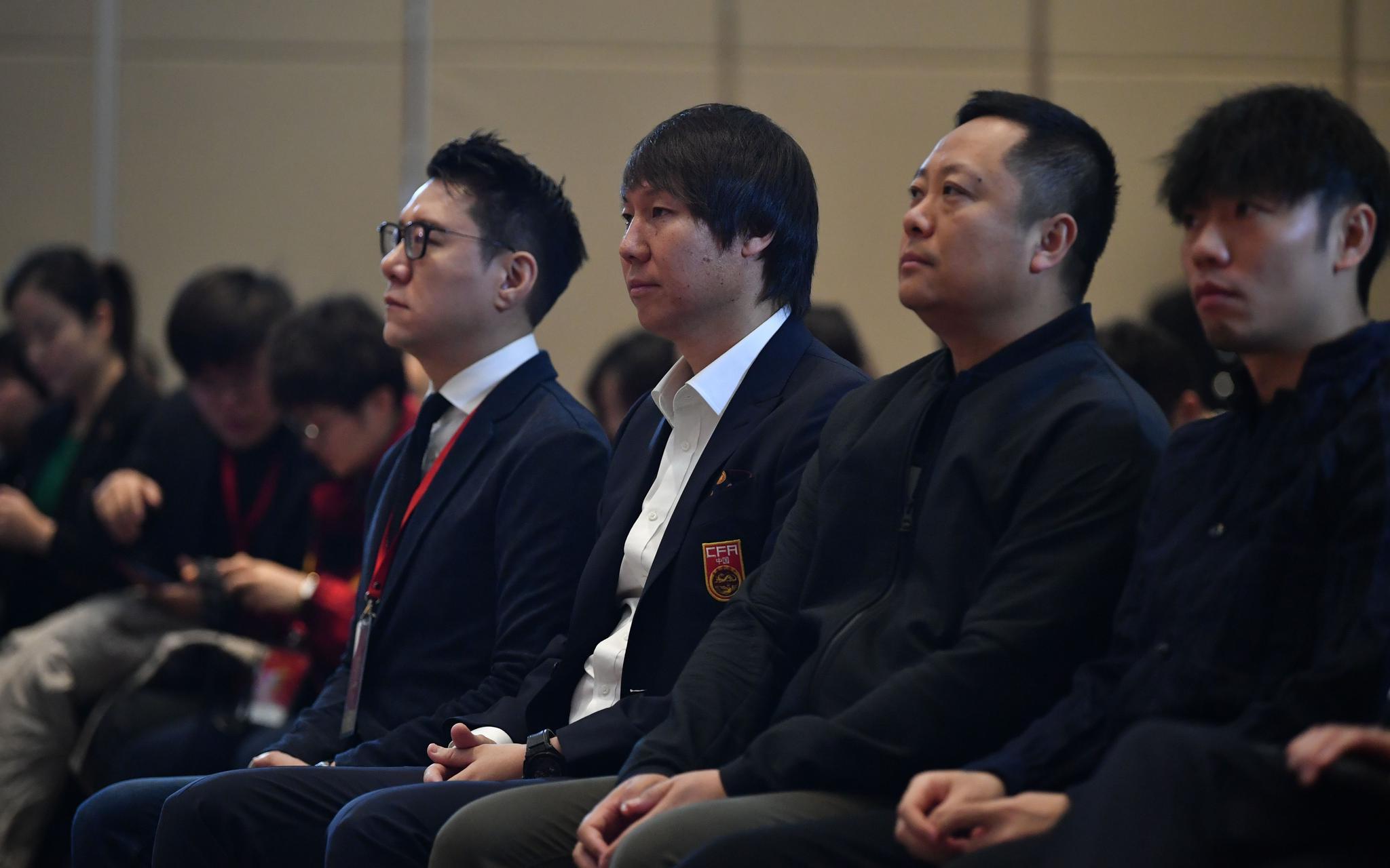 新帅李铁:对足球教练来说最重要的还是你是否行图片