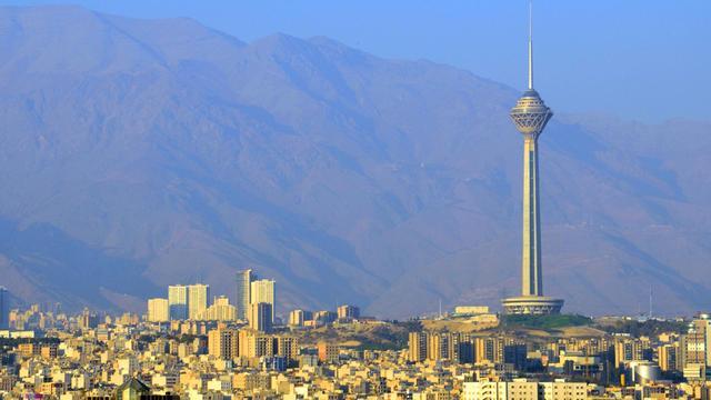 美国可能会何种形式打击伊朗?其实美国没有太多的办法