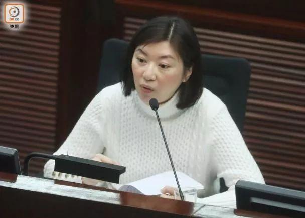 """港警""""滥捕示威者""""?香港终于要清理""""毒教材""""图片"""
