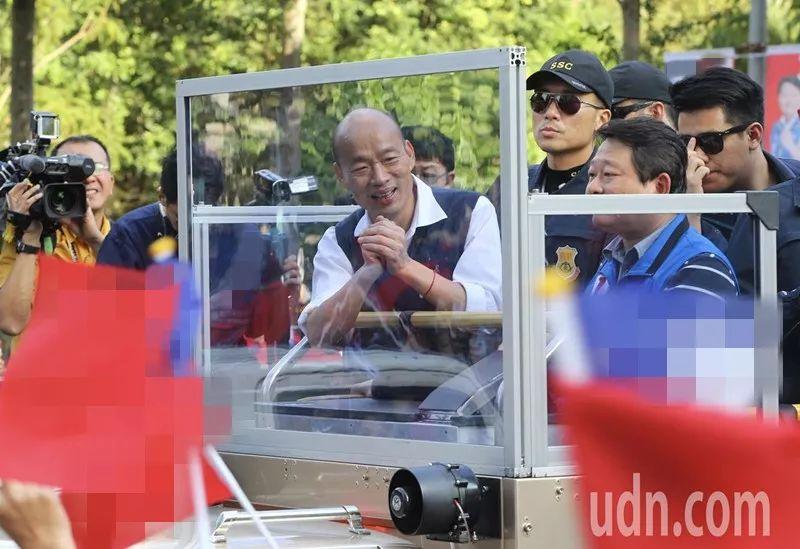 韩国瑜:我宁愿戴假发也不会穿防弹背心图片