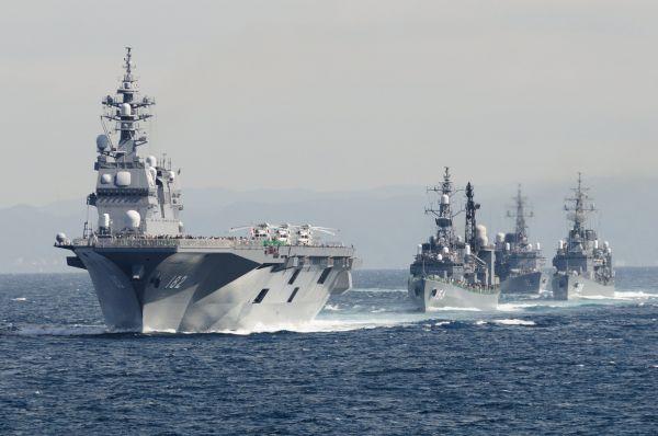日本出奇招征兵:水兵在军舰上不当班时可上网