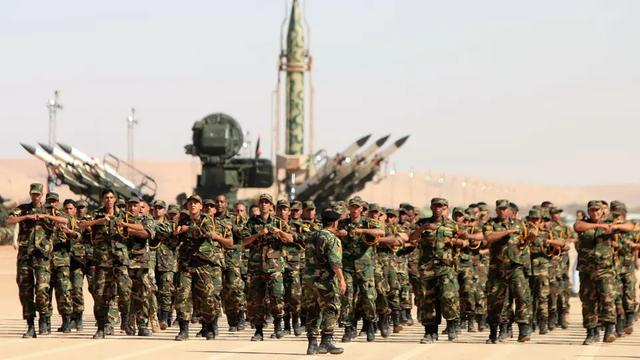 死伤惨重!利比亚战机轰炸军校宿舍,至少30死33伤