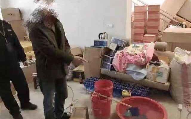 库房厕所内灌装假茅台和五粮液,武汉6名嫌疑人被控制