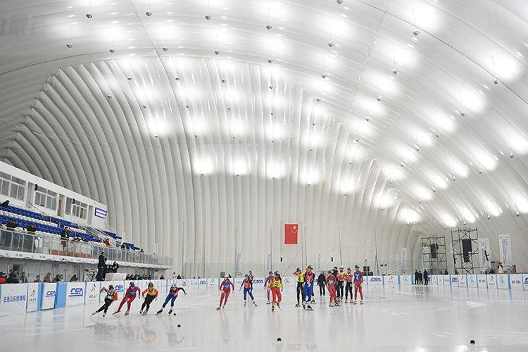 全国青少年U系列滑冰比赛在石景山拉开战幕图片