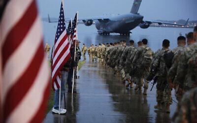 嘴炮侠!伊朗陆军司令嘲讽美国总统:没胆量开打