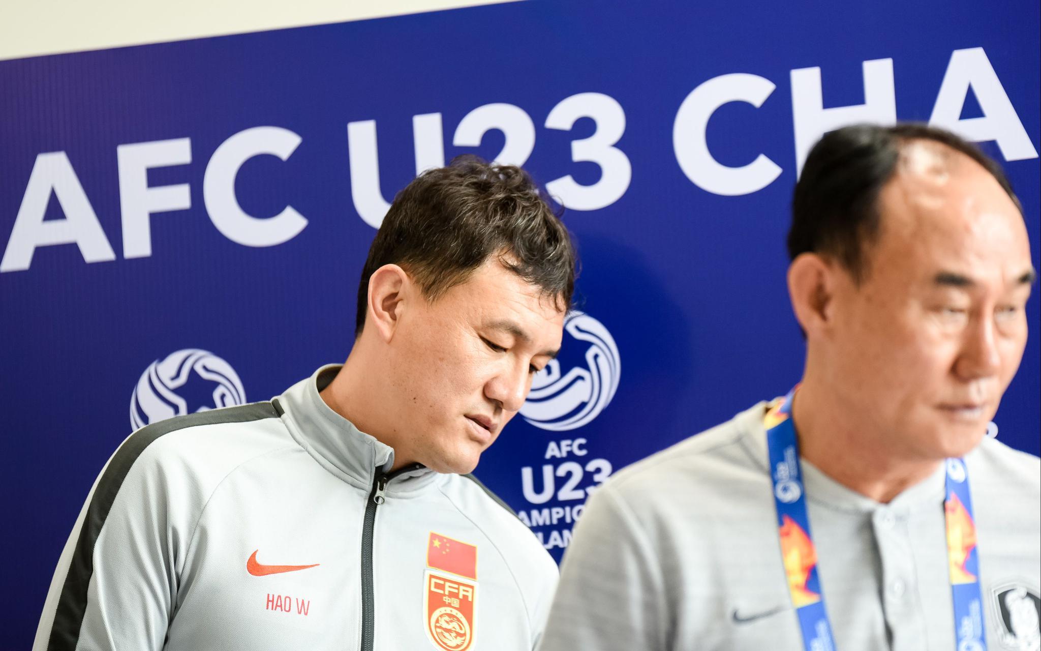 中韩足球明晚再交手,赛前几个细节凸显紧张氛围图片