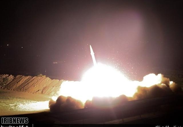 伊朗吹响了复仇号角,美军大批F35紧急升空,谁是纸老虎一目了然