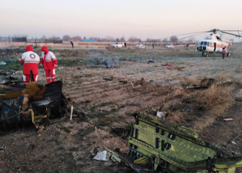 客机事故搜救现场(图源:伊朗伊斯兰共和国通讯社)