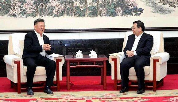陕西省委书记胡和平会见绿地张玉良
