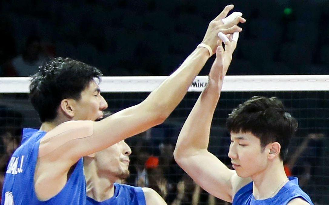 中国男排0比3不敌伊朗,奥运资格赛首尝败绩图片