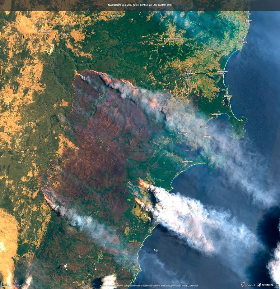 澳大利亚山火浓烟移动 图:美联社