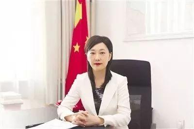 强调要淡泊名利的女市长 被责令辞去人大代表职务图片