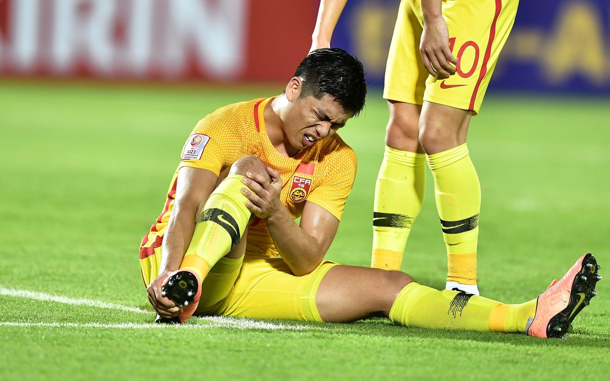 张玉宁趾骨骨裂,提前告别U23亚洲杯图片