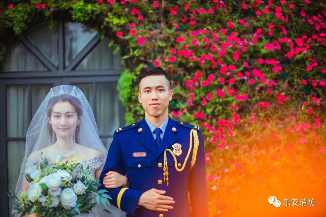 (傅俊杰与妻子的结婚照)