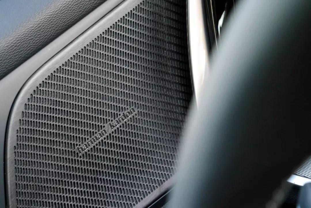 听说很多人买沃尔沃是奔着音响去的,S60的哈曼卡顿到底值不值?