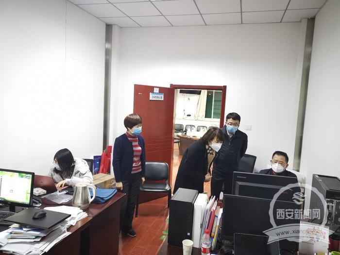 """西交大医学部37名专家携手完成""""新冠病毒感染防控大家谈""""系列讲座"""