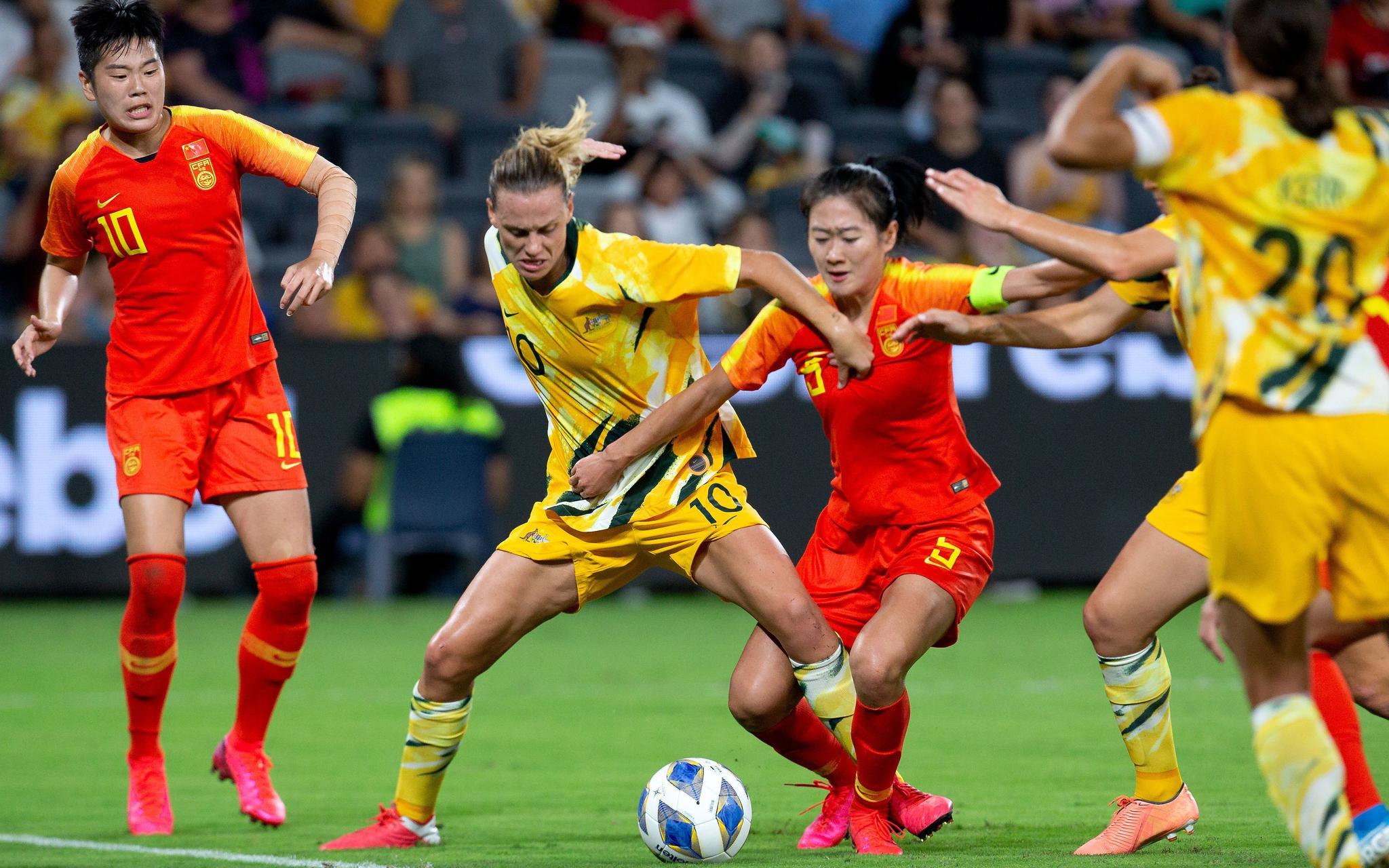 女足补时阶段被逼平,将与韩国争奥运资格