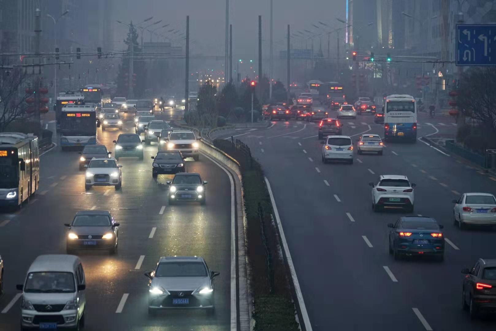 今晚北京或迎大雪 交管部门发布出行提示