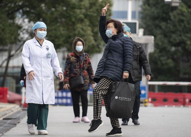 武汉一确诊护士病愈出院  愿返回一线继续作战|组图图片