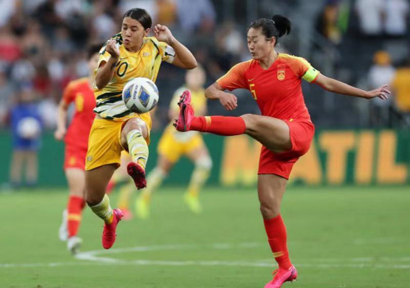 奥运预选赛1∶1战平澳大利亚 中国女足含泪绽放!图片