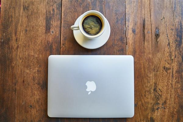16英寸MacBook Pro官翻版上线:八核i9版立减2900元