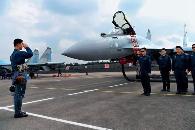 对比中俄两国军事科技水平 未来5年中国会买啥俄式武器