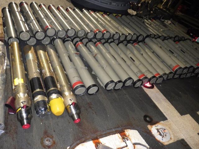 美国军舰登船搜查,缴获伊朗导弹,数量358件,邀请盟国共同调查