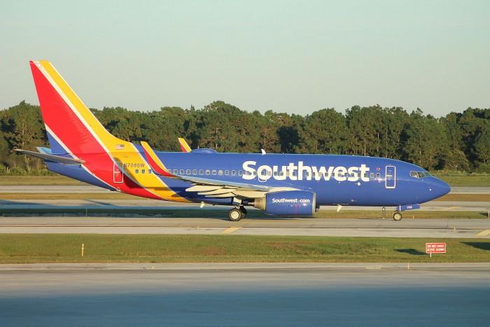美国西南航空:将737MAX从8月10日前的排班表中撤下