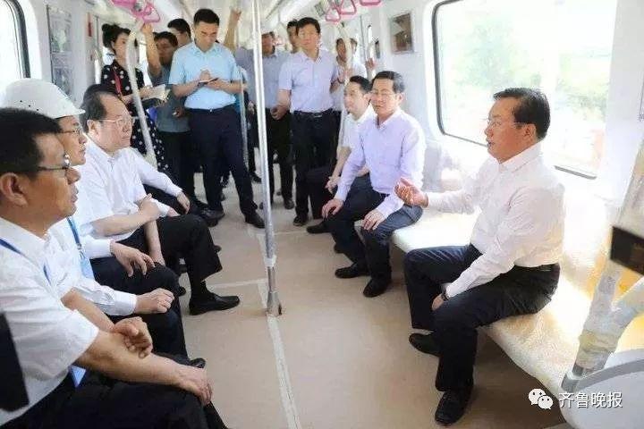 2018年5月31日,王忠林到轨道交通范村车辆基地察看基地建设情况。(资料片)