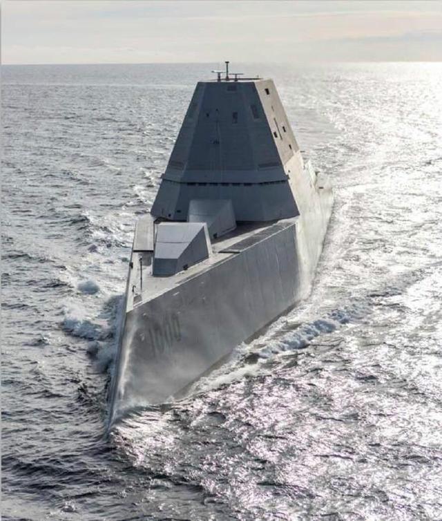 """身价80亿美元,却沦为""""二线""""军舰,美军不甘心,为其造专用导弹"""
