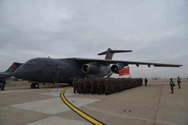 空军6架运20出征支援湖北 外国网友:你们是真英雄