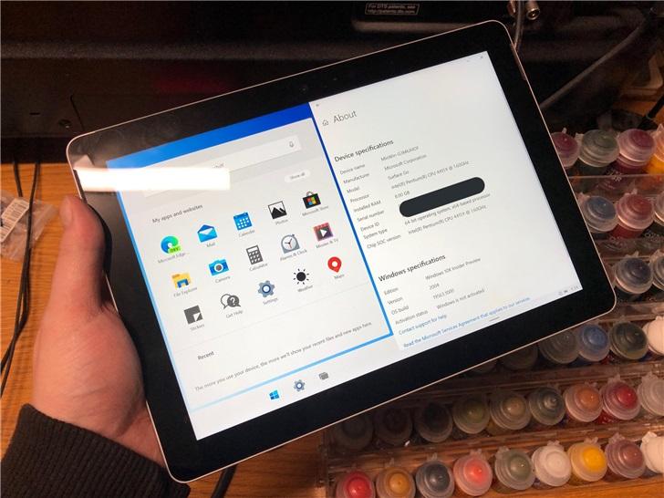 微软SurfaceGo成功运行Windows10X但缺少驱动支持