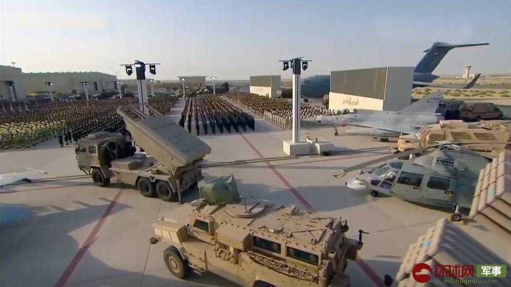 中国最强外贸火箭炮首次现身阿联酋阅兵式(图)图片