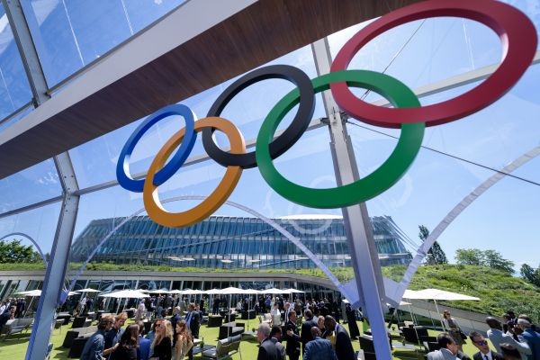 IOC推特账号被黑客入侵 巴萨账号也成目标