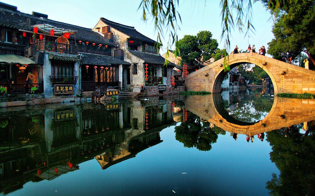 新京报:旅游按下暂停键 没有游客还能撑多久?图片