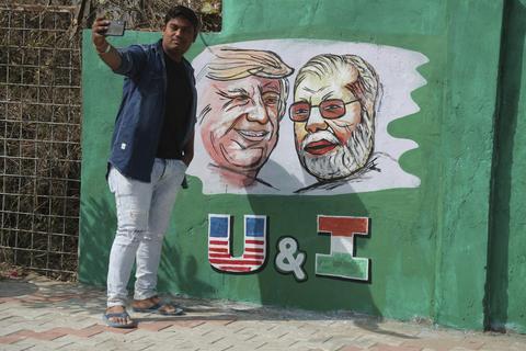听说印度700万人准备迎接美国总统 特朗普高兴了