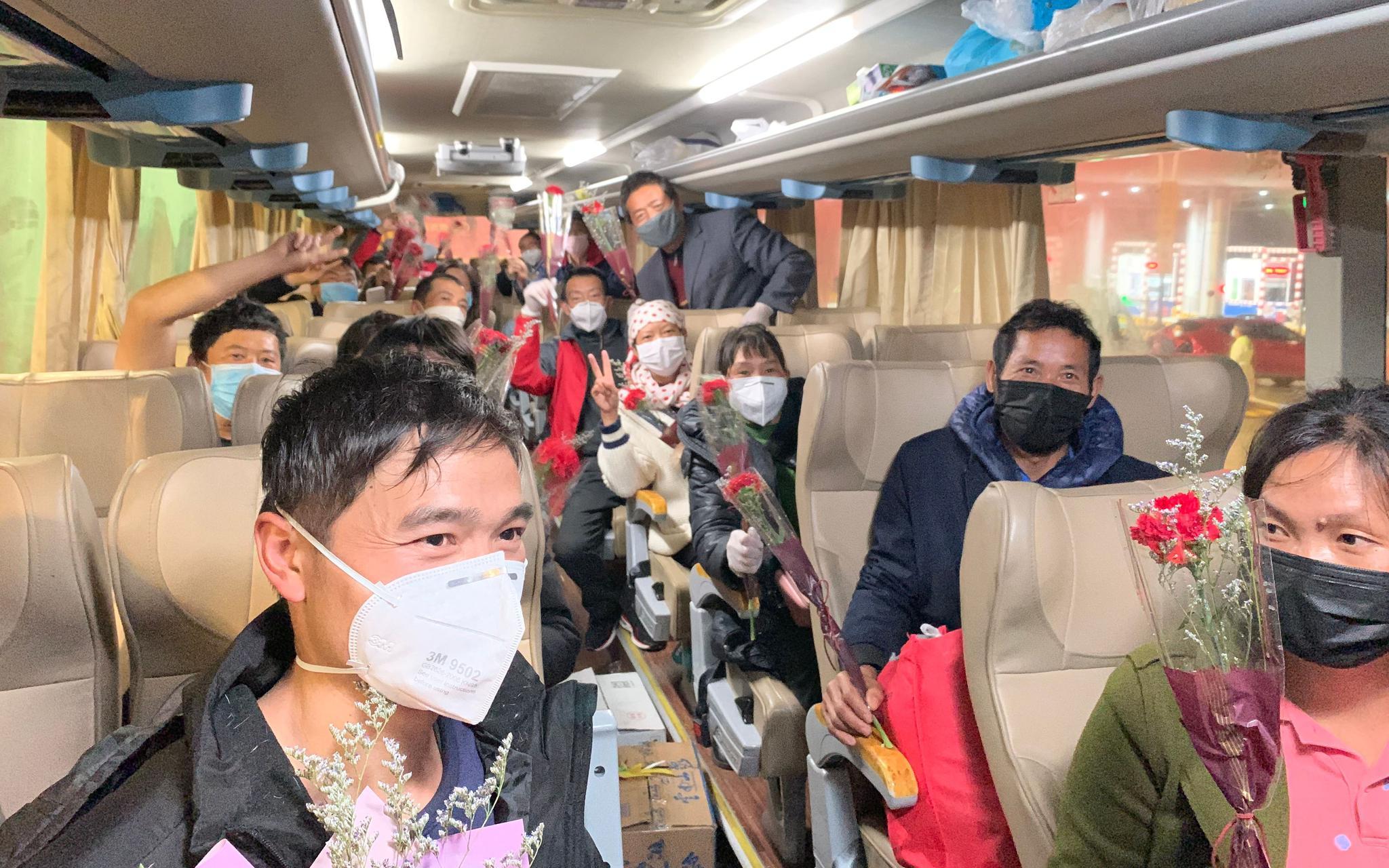 包机包车接员工背后 地方政府的劳动力争夺战图片