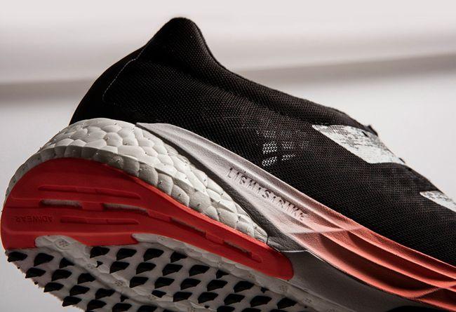 对标 Next%!阿迪「碳板跑鞋」又曝光新配色!