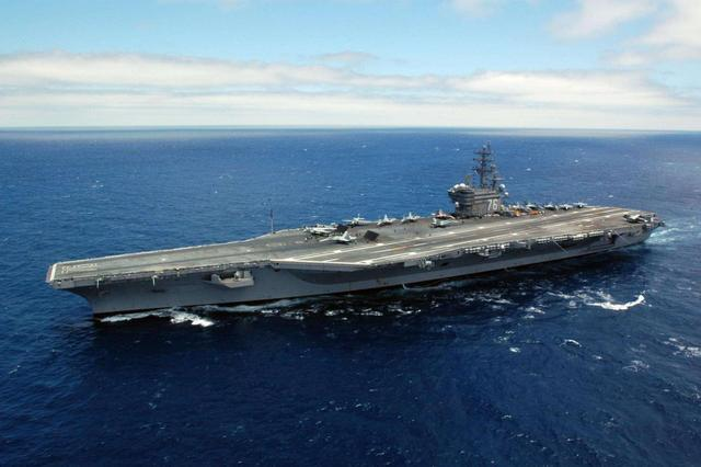 美国造船业濒临枯竭,如今只剩一家能造航母,中国则超过了3家
