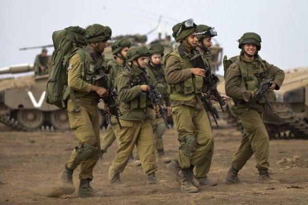 """外媒:以军官兵落入哈马斯组织手机病毒""""美人计"""""""