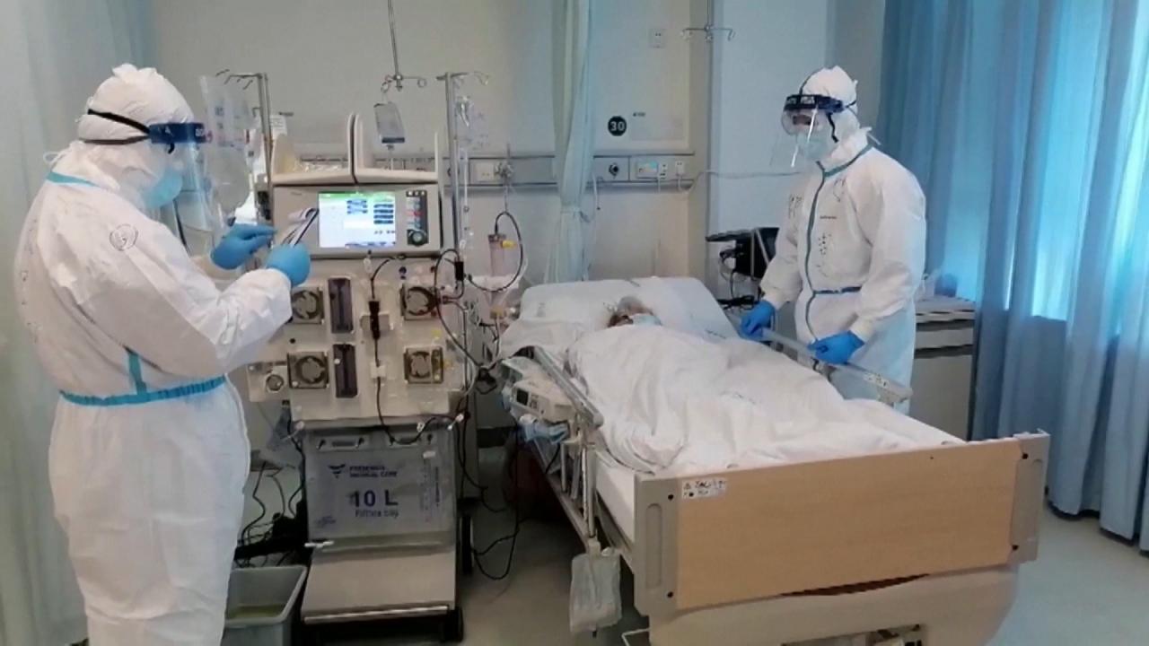 视频|重症病人占比下降 是否意味着病毒毒性减弱?图片