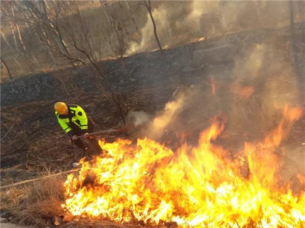 [河北]2月17日,石安高速成功应对火灾与事故考验(图)