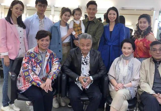 《BB来了》姐妹篇《BB大晒》试造型 TVB新晋视帝将搭档产后复出小花演夫妻