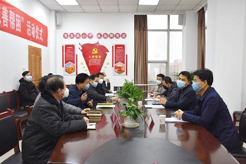 渭南市委常委、副市长刘凯到市慈善协会检查抗疫募集工作(组图)
