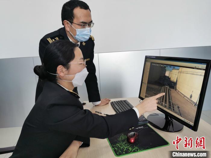 山东省首批可享受出口退税的船用燃料油出口通关(图)