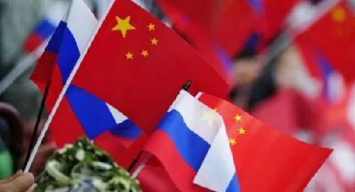 美海军上将罕见发声:任何国家都可以崛起,唯独中国与俄罗斯不行!