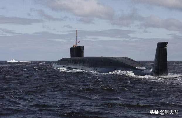 战略核潜艇逼近,美国上将承认海岸已经不安全!自由航行终食恶果