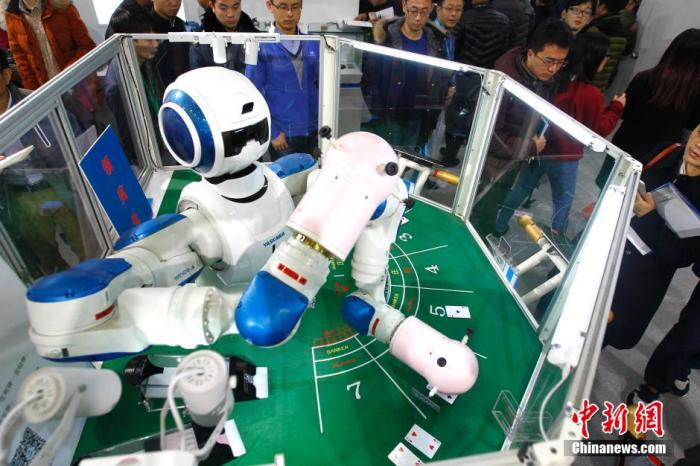 机器人产业蓝皮书:国产工业机器人逐步走向成熟