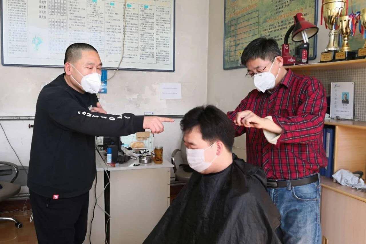 恒行,镇恒行村民和志愿者服务队为防疫人员图片